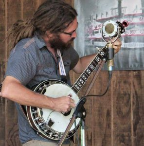 John Gospel (banjo, guitar, vocals)